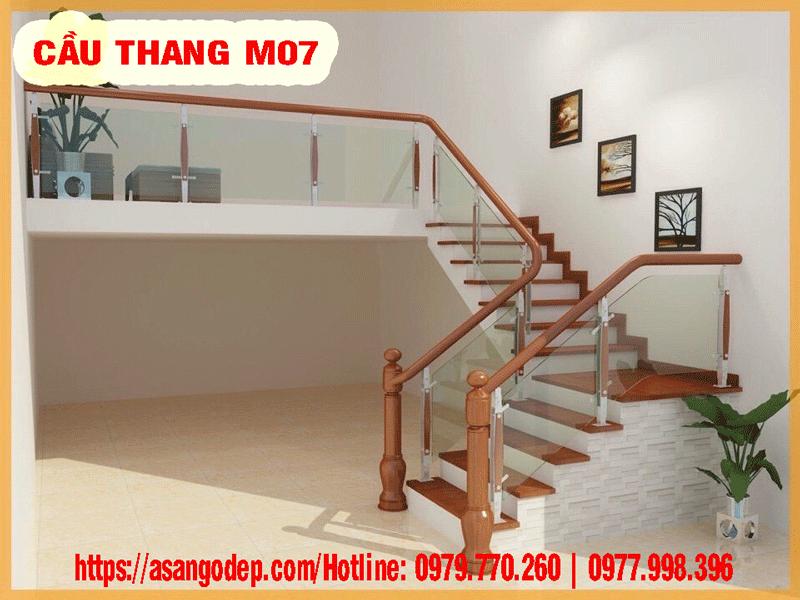 Cầu thang gỗ tự nhiên M07