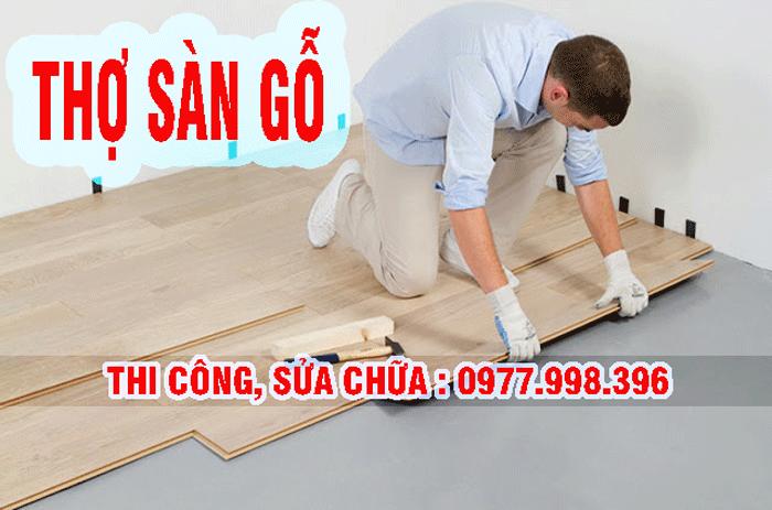 Thợ thi công lắp đặt sàn gỗ