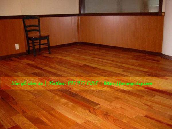 Sàn gỗ tự nhiên căm xe 15x90x900