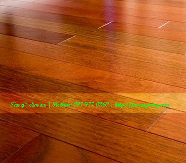 Sàn gỗ tự nhiên căm xe 18x120x750