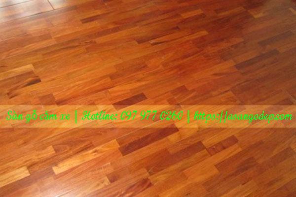 Sàn gỗ tự nhiên căm xe 18x120x900