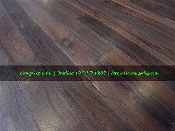 Sàn gỗ chiu liu 15x90x600