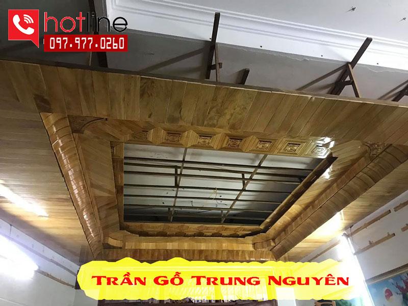 Hình ảnh thực tế trần gỗ Pơmu Trung Nguyên